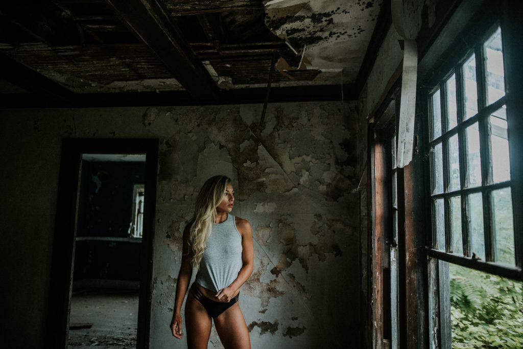Laura Abandoned-0070-2652x1770